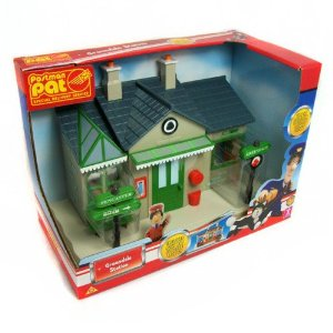 postman-pat-sds-sorting-office-playset-110